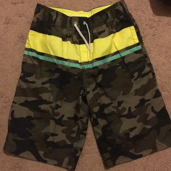 6e97024aa3 Crazy 8 Swim | Boys 1012 Camo Trunks Never Worn | Poshmark